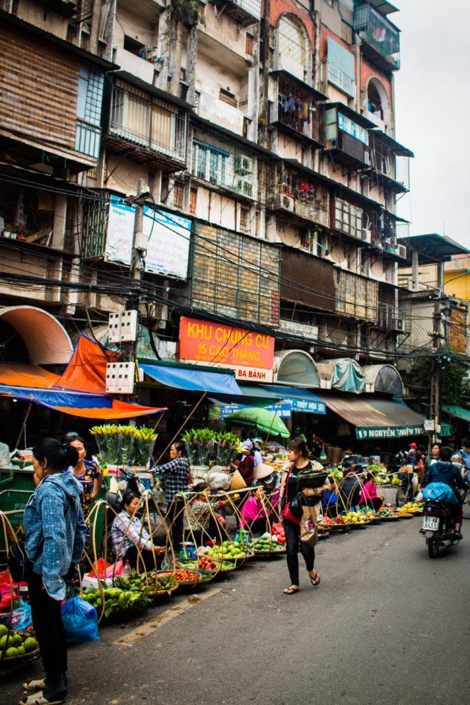 De straatkraampjes van Hanoi
