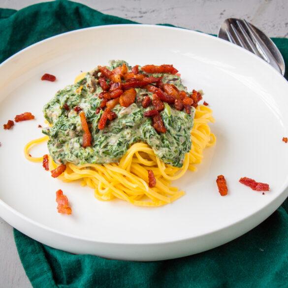 spinazie pasta met spekjes