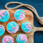 gender reveal cupcakes met botercreme